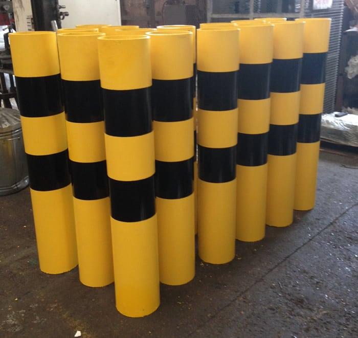 Steel Vehicle Bollards Yellow and Black stripe