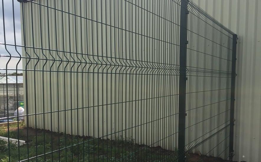 Corrie V Mesh Panel Fence System